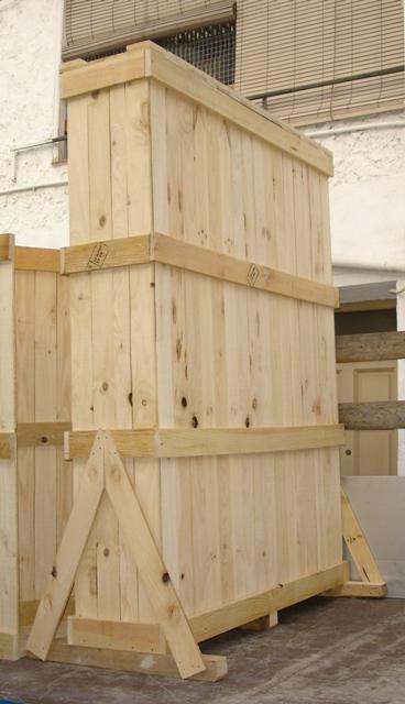 Embalajes de madera detalle bisagras - Cajas de madera barcelona ...
